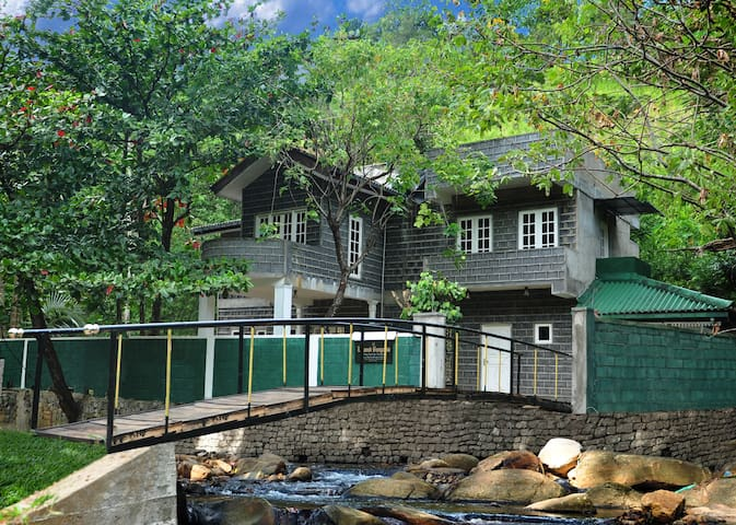 FOREST BUNGALOW  IN KANDY - Peradeniya - Bungalow