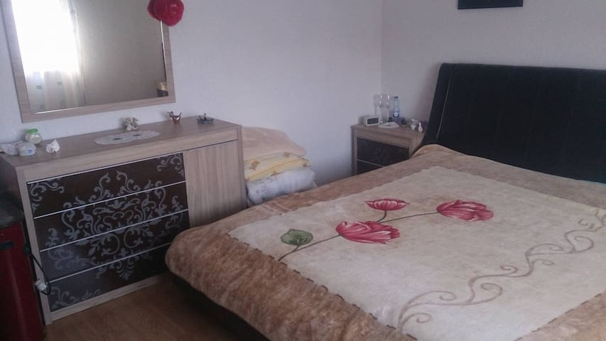 Clean,comfortable, quite like in your family.... - Prizren - House