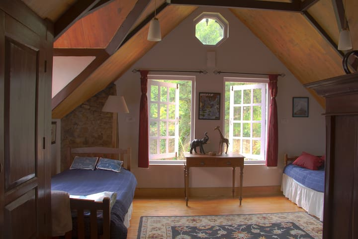 Larkspur has two single beds and is very spacious.