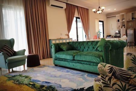 Stay @ Marina Island Pangkor Lumut - Adelia