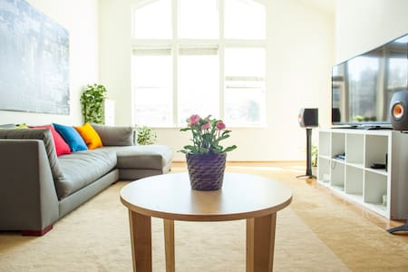 75M WIFI near downtown/airport very quiet - Millbrae  - Apartment