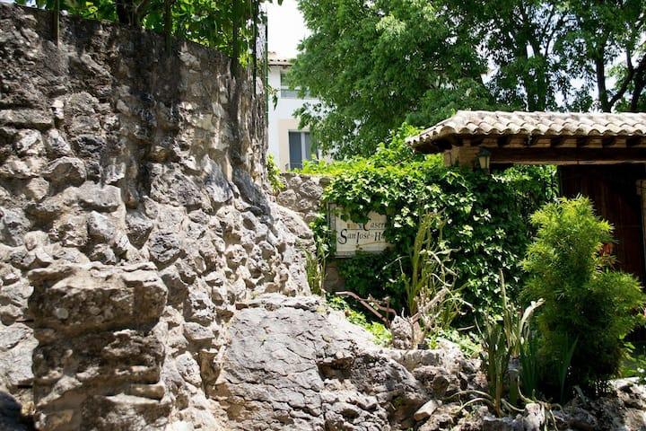 Hostal Caseria San José de Hútar