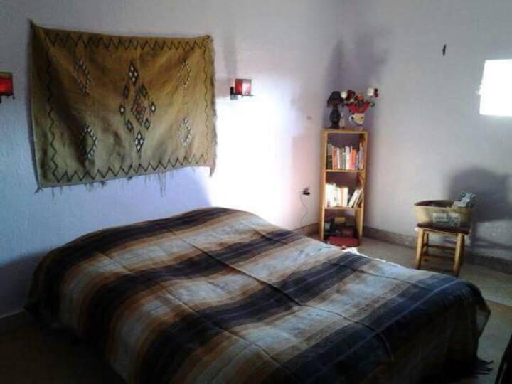 Belle chambre typique calme