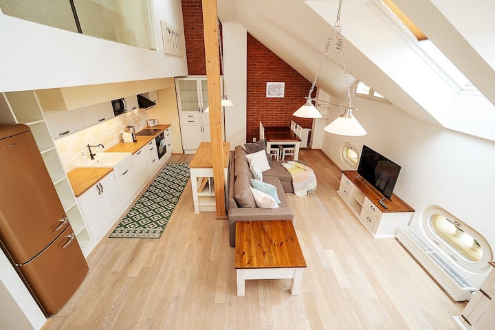 Spacious Duplex with terrace with beautiful view