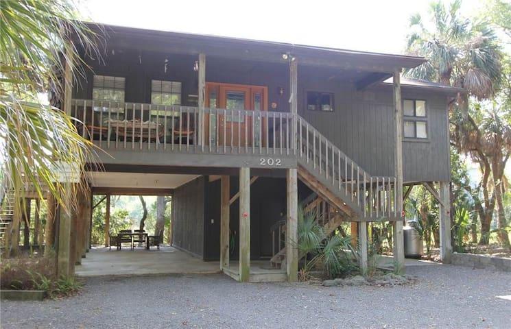 Marsh Cove ( 3 Bedroom home )