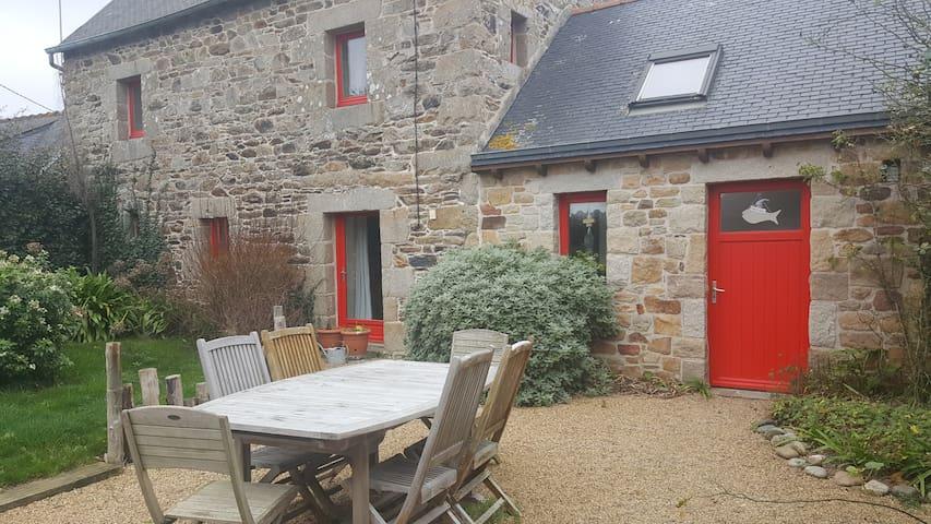 Maison bretonne proche mer Paimpol bréhat
