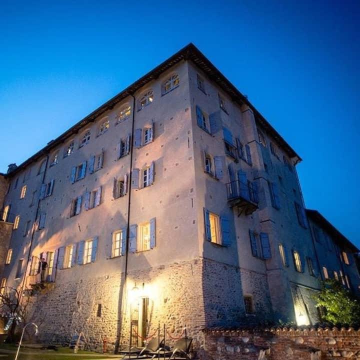 JUNIOR SUITE AT ANTICO BORGO MONCHIERO HOTEL****