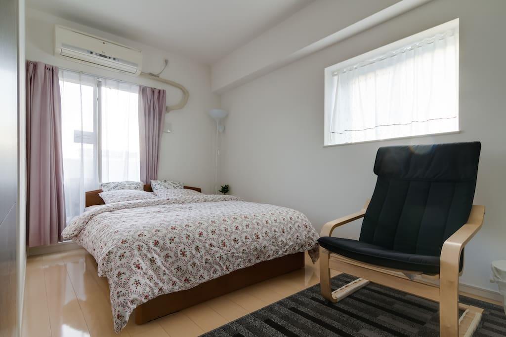 1.4*2.0 size bedroom