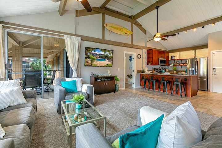 Beach within Reach Maui! Updated Penthouse A/C