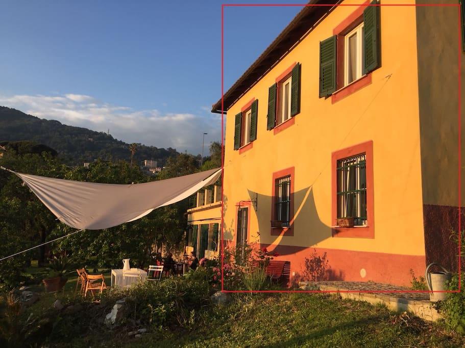 Magical villa rosa camogli with garden parking casas for Piani casa degli ospiti cottage