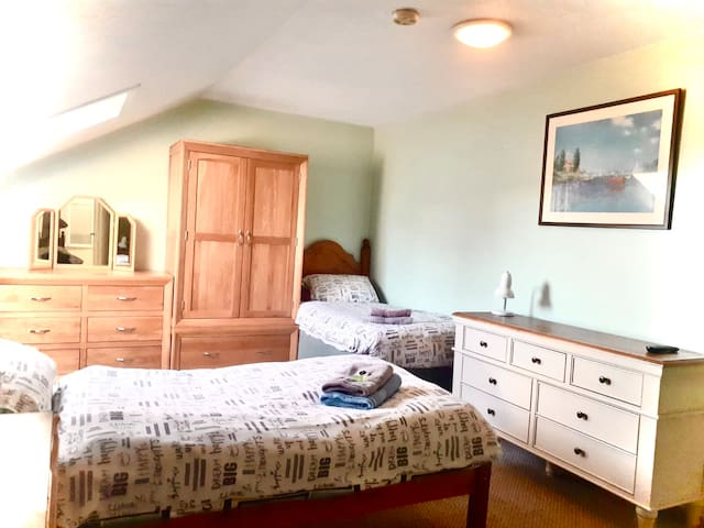 Triple Room - Manor Park Guest House