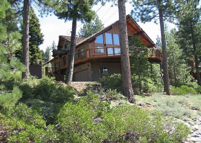 Cherne's Dollar Point Lakeview Home - Tahoe City - House