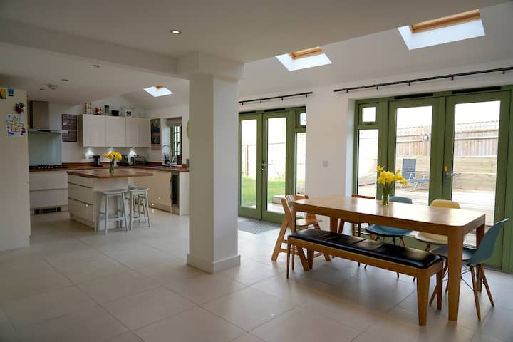 Family house, Cirencester