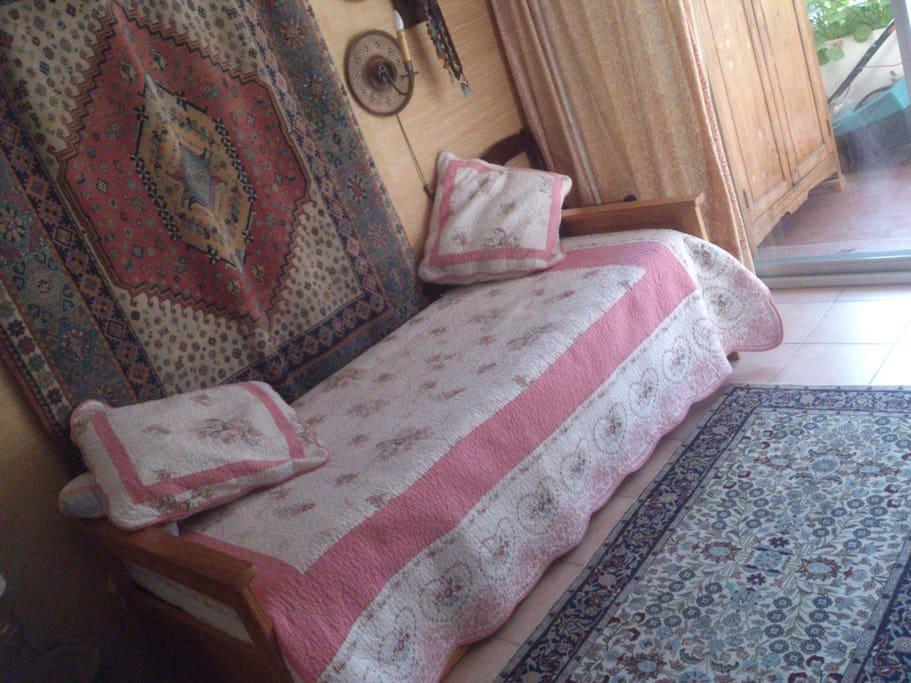 Chambre un lit.