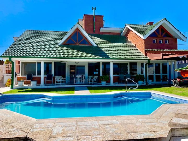 Hermosa casa en Villa Carlos Paz