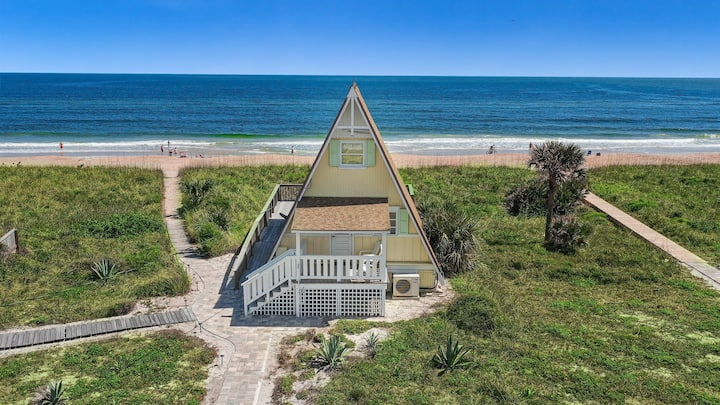 The Dune House, Oceanfront 2 bedroom A Frame