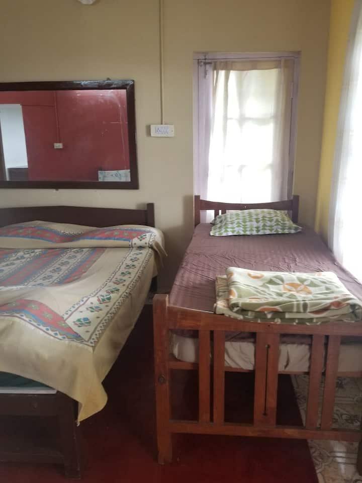 Hill Top Suite, 2 large rooms with kitchen