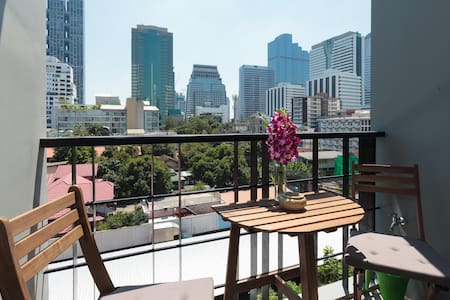 An amazing view top floor Silom Patpong #174 - Bangkok