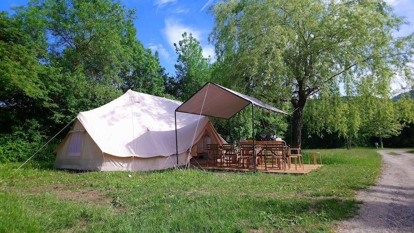 Tente Lodge Vanaheim 40m2 équipée 6 à 8 personnes
