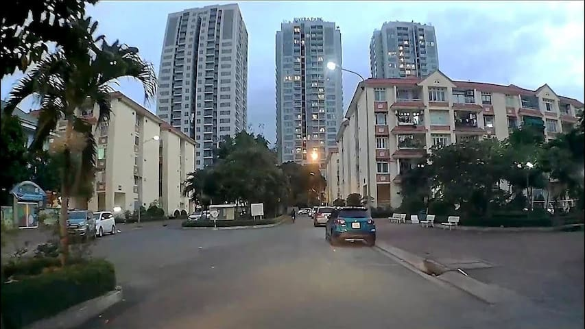 Sharing apartment in Dao Duy Tu Building , One bed