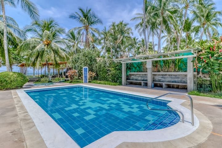 Villa surrounded by gardens, w/ private beach access!