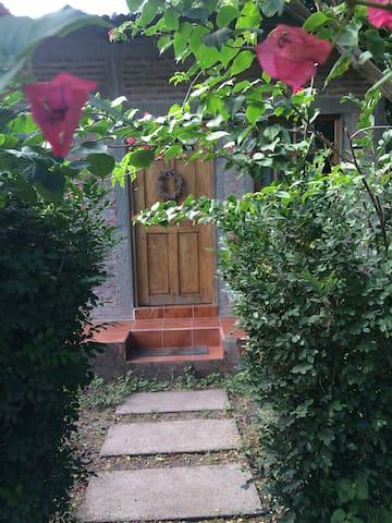 Habitación en pequeña casa rural