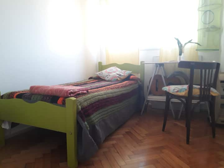 Cabrera Room (women only)