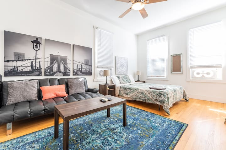 Glorious 2 Bed 1 bath w/ Private Parking + Laundry