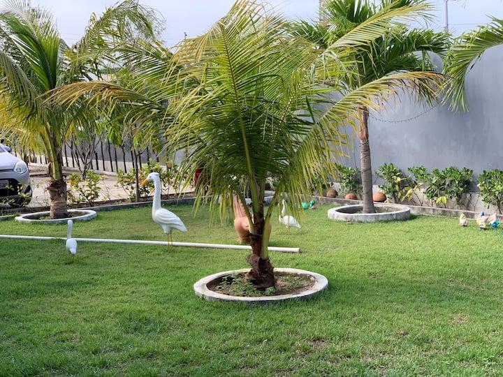 Casa com Piscina na Praia do Abaís.