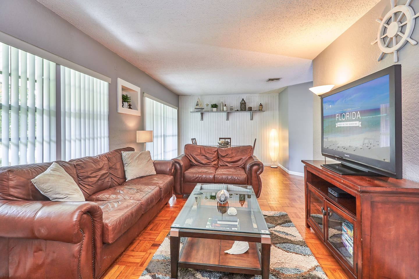 The Captain's Quarters - Perfect Location S Tampa!