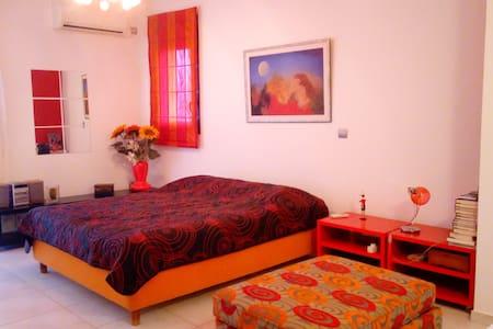 Suite Bedroom Luxury Apartment - Nea Ionia
