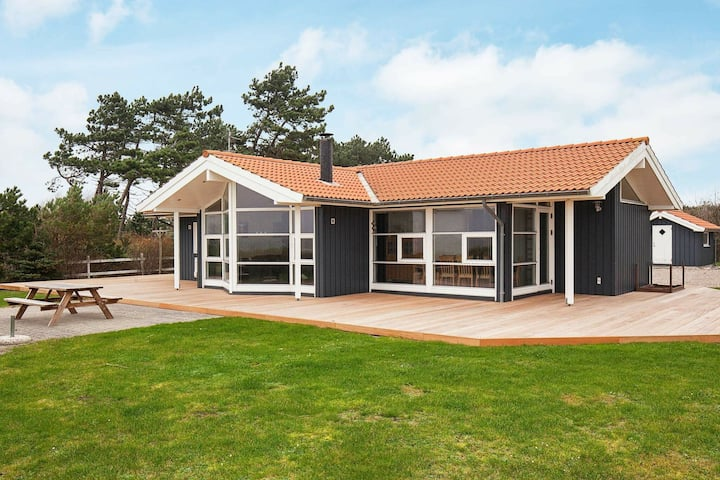 Spacious Holiday Home with Barbecue in Gørlev