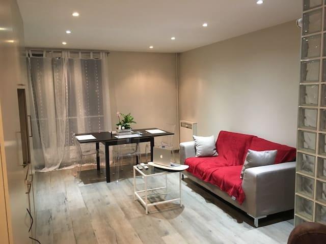 Bel appartement dans une résidence (70m2)