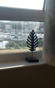 Marina one bedroom apartment - Swansea