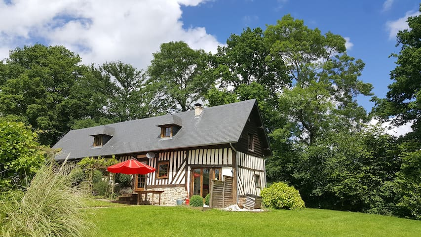 "LOVELY 4 BEDROOM ""COLOMBAGE"" HOUSE - Vieux-Bourg - House"