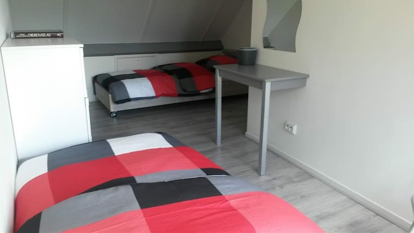 two beds bedroom2