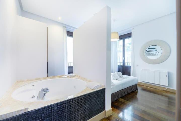 Habitación con Jacuzzi | Madrid House Rooms