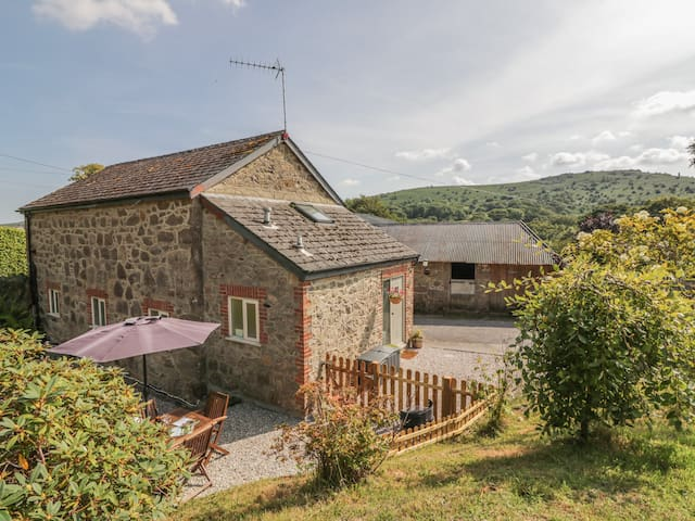 Wingstone Farm Cottage, BOVEY TRACEY