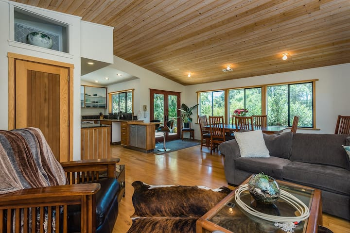 SLO Ranch on Acreage available for Christmas!
