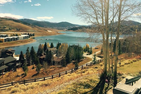 Central Location - Beautiful views of Lake Dillon! - Dillon