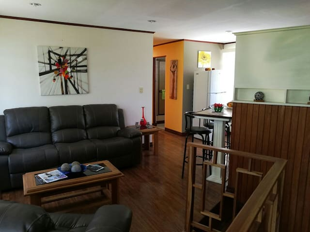 Big & Cosy Private Apartment - San José - Condomínio