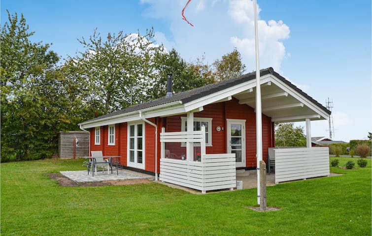 Holiday cottage with 2 bedrooms on 60m² in Frederiksværk
