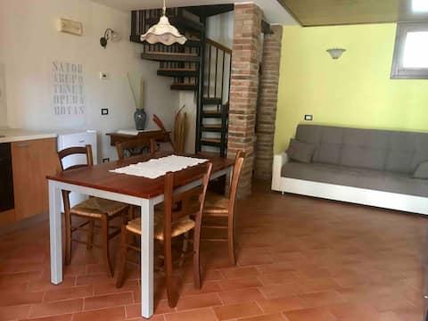 appartamenti Guglielmi (su due piani con veranda)