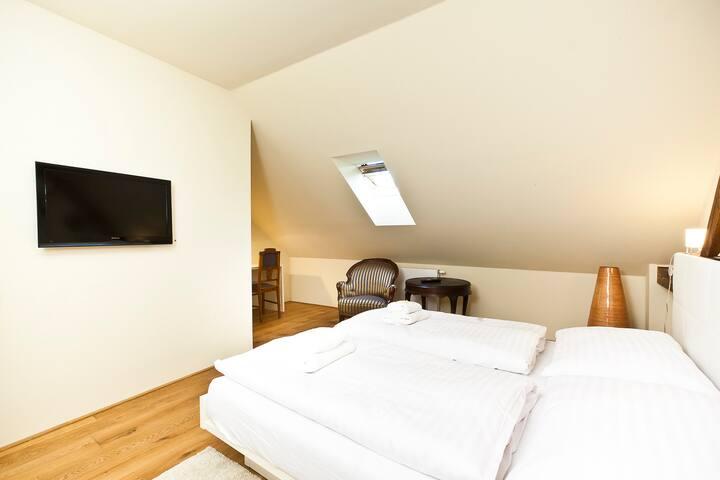 Comfort quarter room