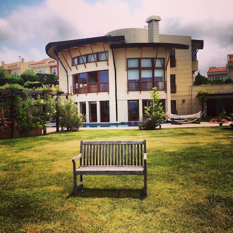 Private Royal Villa 5+2 Pool Jakuzi Lift Sea View - Sarıyer