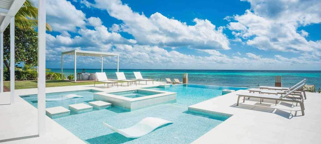 Tranquility Cove by Luxury Cayman Villas