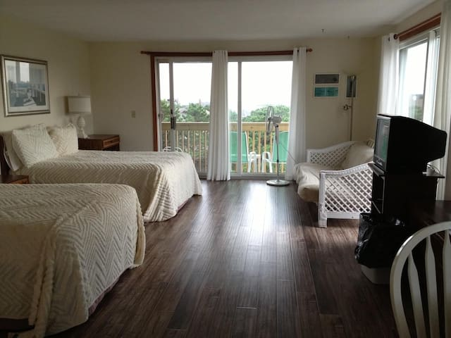 Unit # 30 - 2nd Floor Deluxe Efficiency, Private Deck with distant Water View