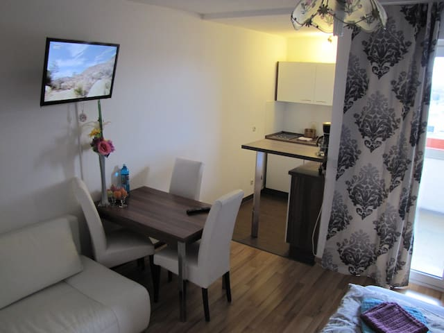 Apartment close to Frankfurt, WiFi! - Langen (Hessen) - อพาร์ทเมนท์