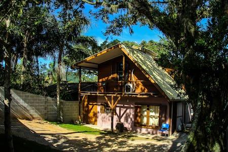 Chalé da Guarda do Embaú - Santa Catarina