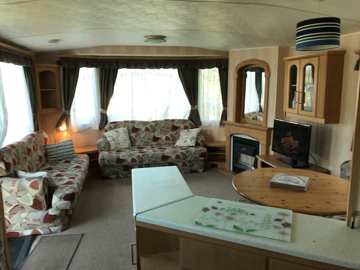L35 Mablethorpe pet friendly Static Caravan